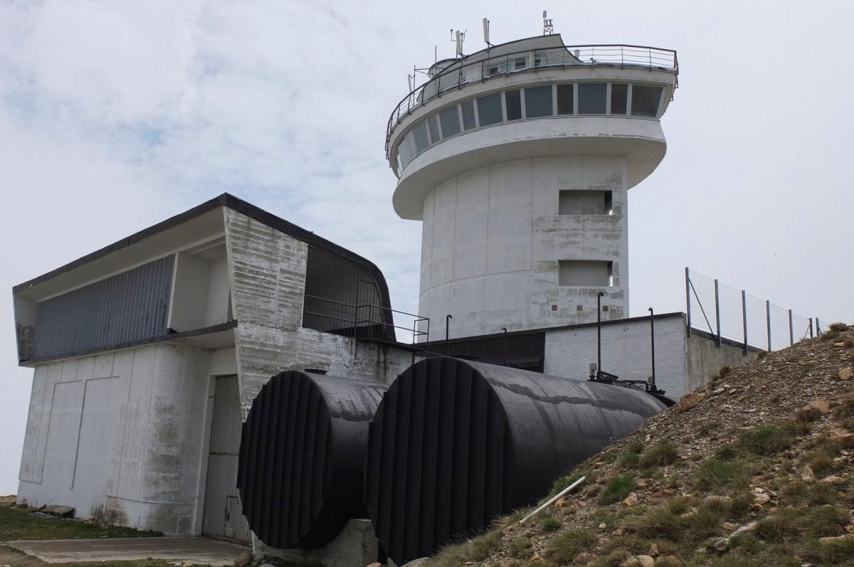 Andorra, Encamp, Radio Andorra, Sud Radio, Envalira, Port Negre, Lluelles, Roig, La radiodifusió a Andorra al segle XX