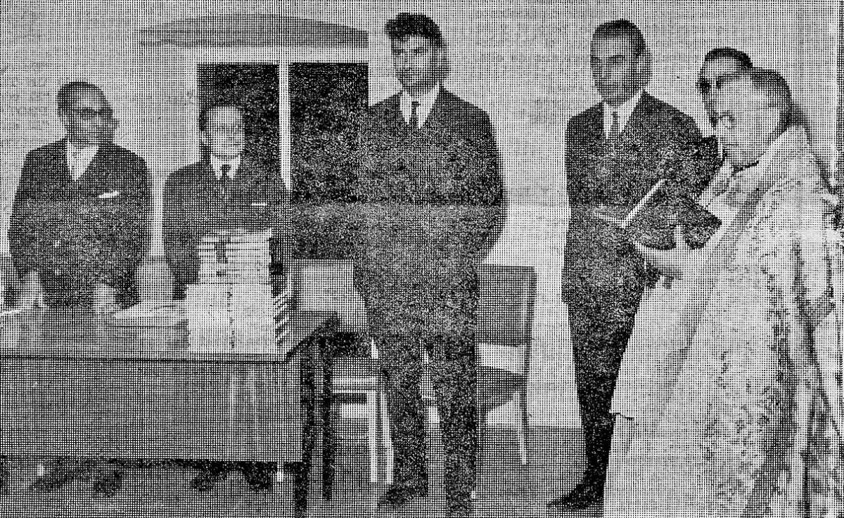 27 de novembre del 1967: inauguració d'Editorial Andorra, amb Bartomeu Rebés i Jaume Aymà, els dos impulsors de l'aventura.