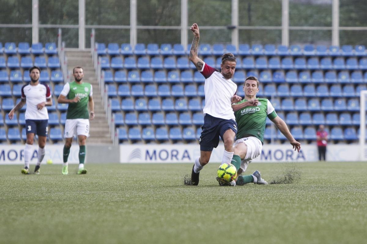 L'FC Santa Coloma va somiar en l'1 a 0, tot i així, l'Hibernian va despertar a temps. Foto: Facundo Santana