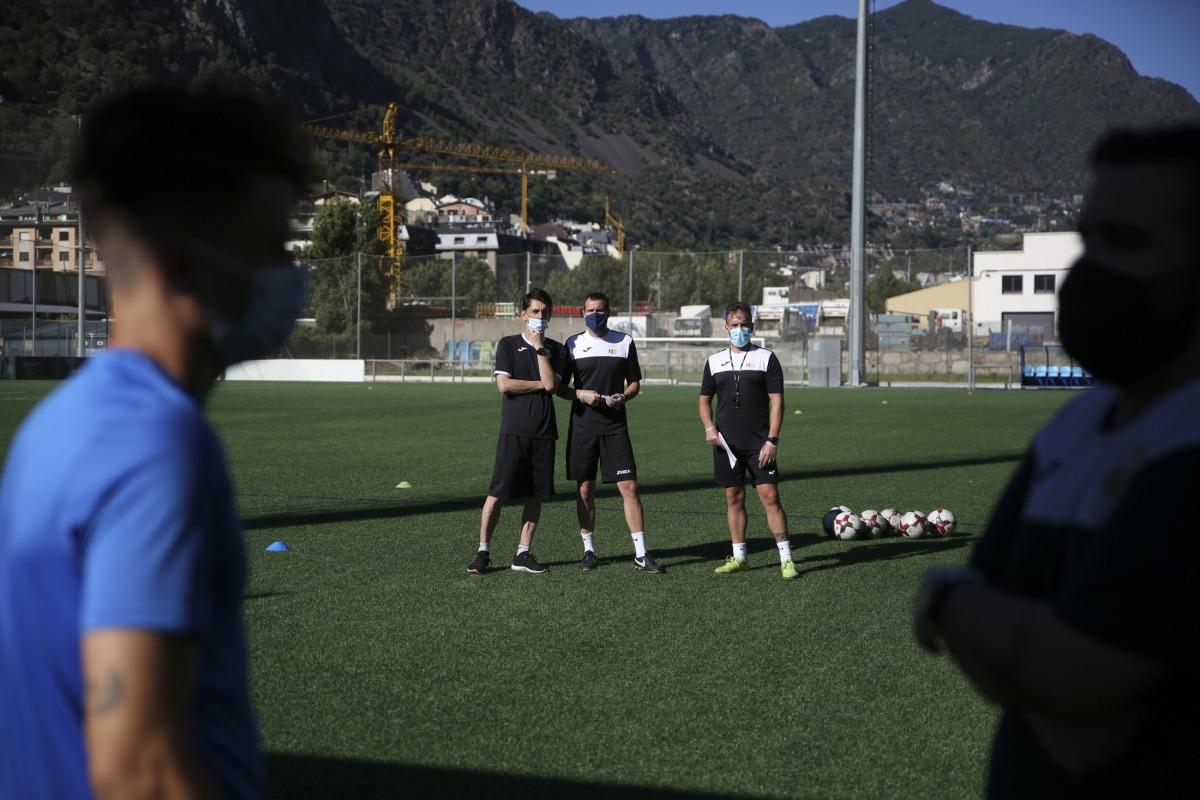 Albert Jorquera, nou tècnic del Vall Banc FC Santa Coloma, al CE FAF 1.