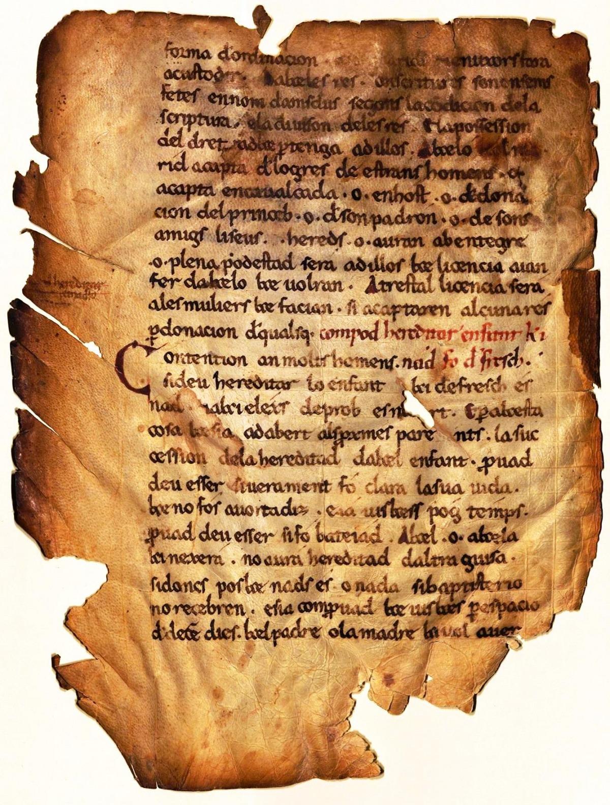Pergamí de mitjans segle XII amb un fragment del 'Liber Iudicum' traduit al català.