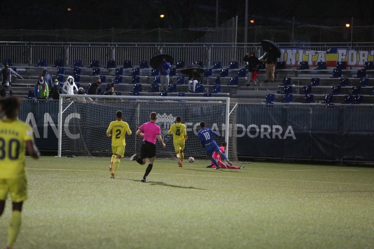 Carlos Martínez va sentenciar amb el 3 a 1 al minut 83 i va marcar el seu 101è gol a segona divisió B espanyola.Foto: Facundo Santana
