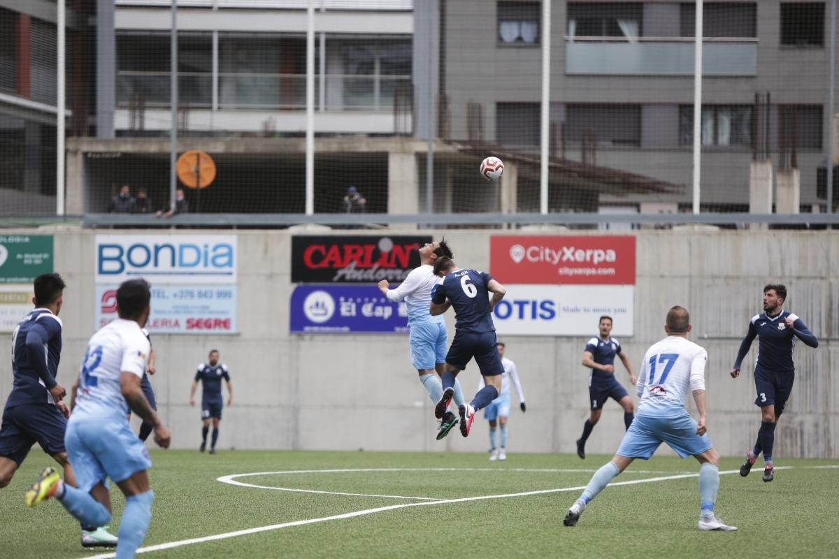 FC Santa Coloma i Atlètic Escaldes van acabar amb empat a l'Estadi Nacional. Foto: Facundo Santana