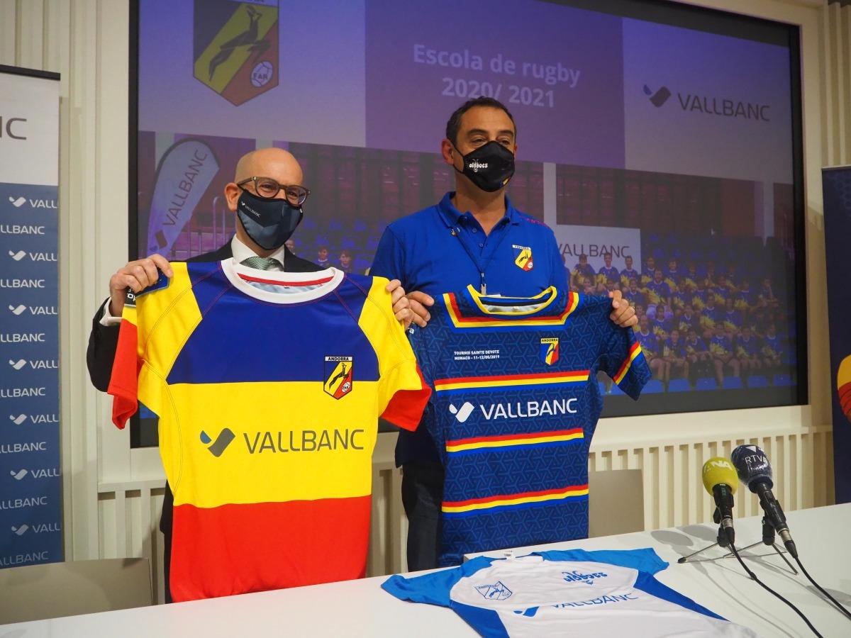 Vall Banc va renovar el seu patrocini amb la Federació Andorrana de Rugbi. Foto: Agències