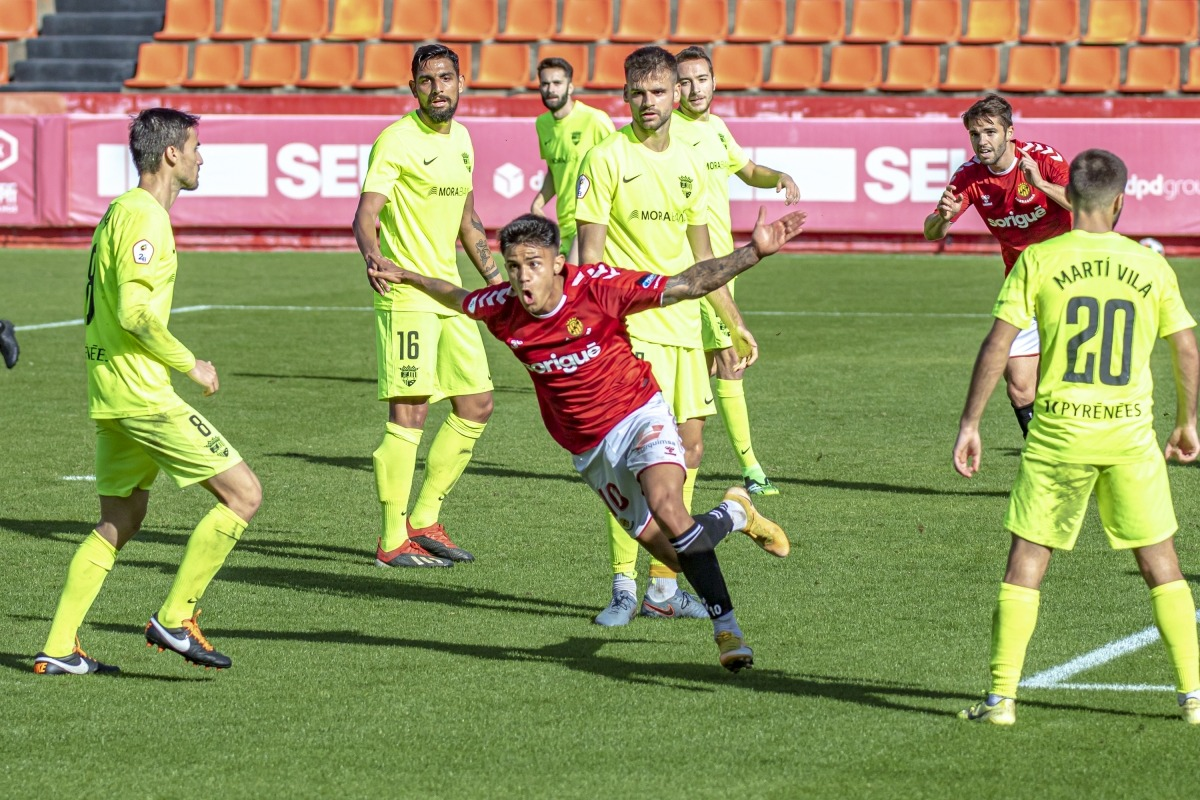 L'atacant gironí del Nàstic Tarragona, Roger Brugué, més conegut com a 'Brugui', va ser ahir un dels malsons de l'FC Andorra.Foto: Gimnàstic Tarragona