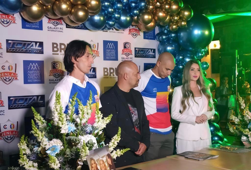 Robayo, Barón i Estrada, del CE Jenlai. Foto: CE Jenlai-Galaxy