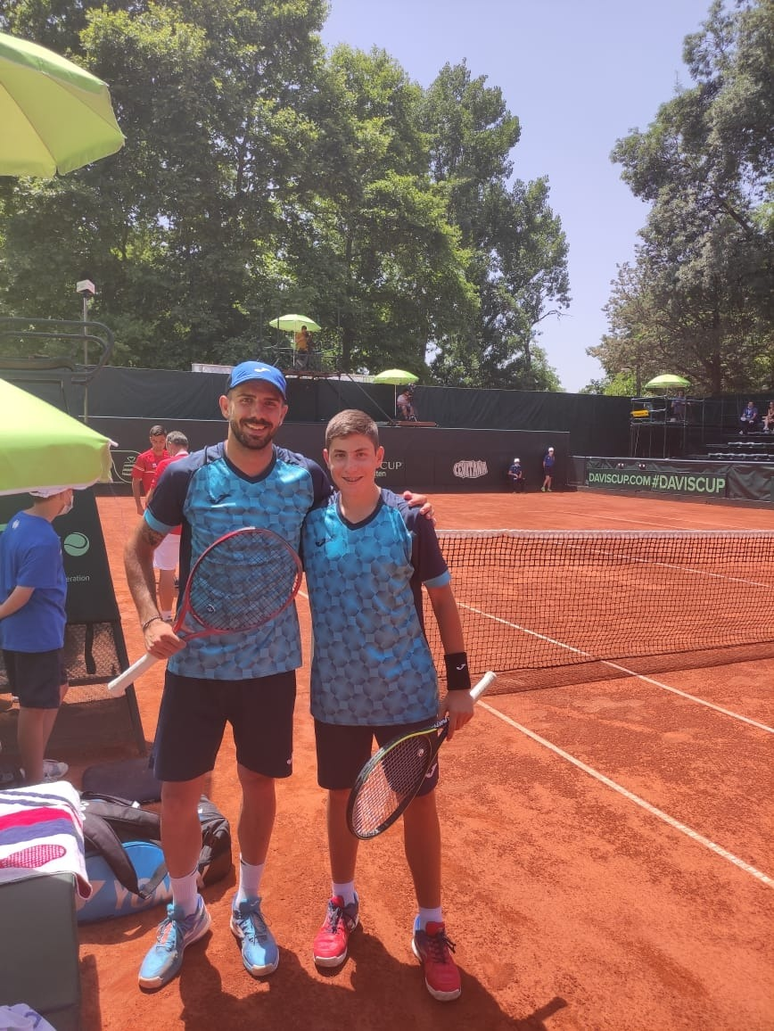 Jordi Trilla es va estrenar amb Andorra a la Copa Davis amb només 16 anys. Foto: FAT