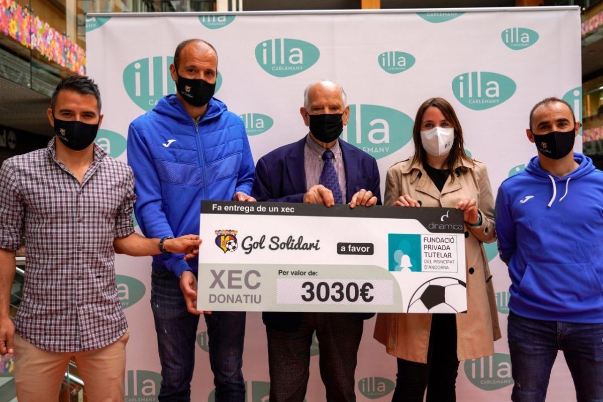 Gol Solidari va entregar ahir un xec a la Fundació Tutelar. Foto: Gol Solidari