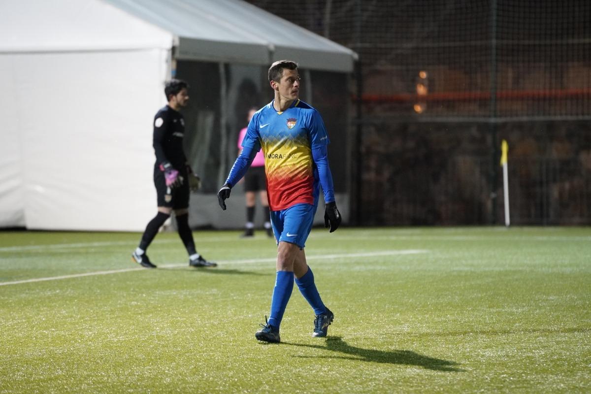 El defensa central Martin Mantovani va ser expulsat injustament contra l'Hospitalet. Foto: FC Andorra