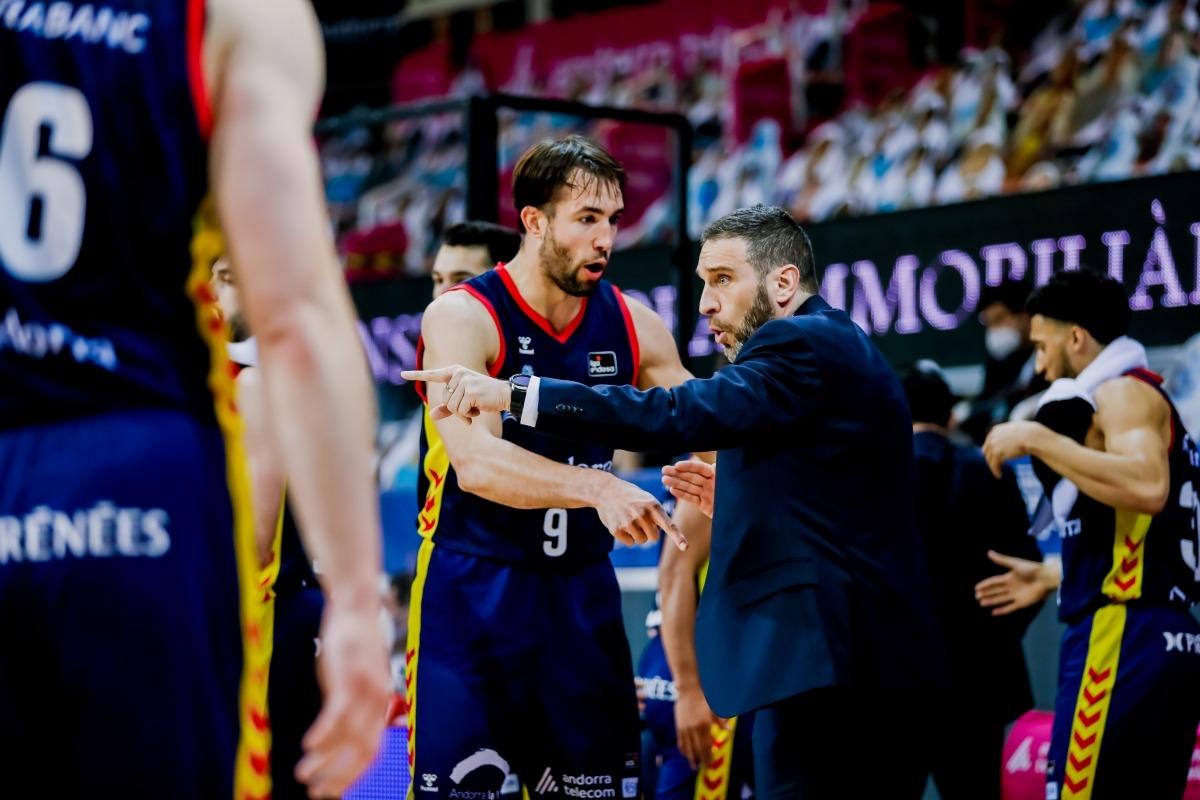 Nacho Llovet evita el quiròfan i el BC MoraBanc incorporarà un aler pivot. Foto: ACB Photo / Martín Imatge