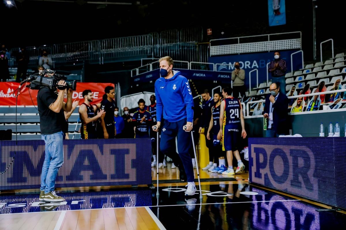 Palsson i les maleïdes lesions. Foto: ACB Photo / Martín Imatge