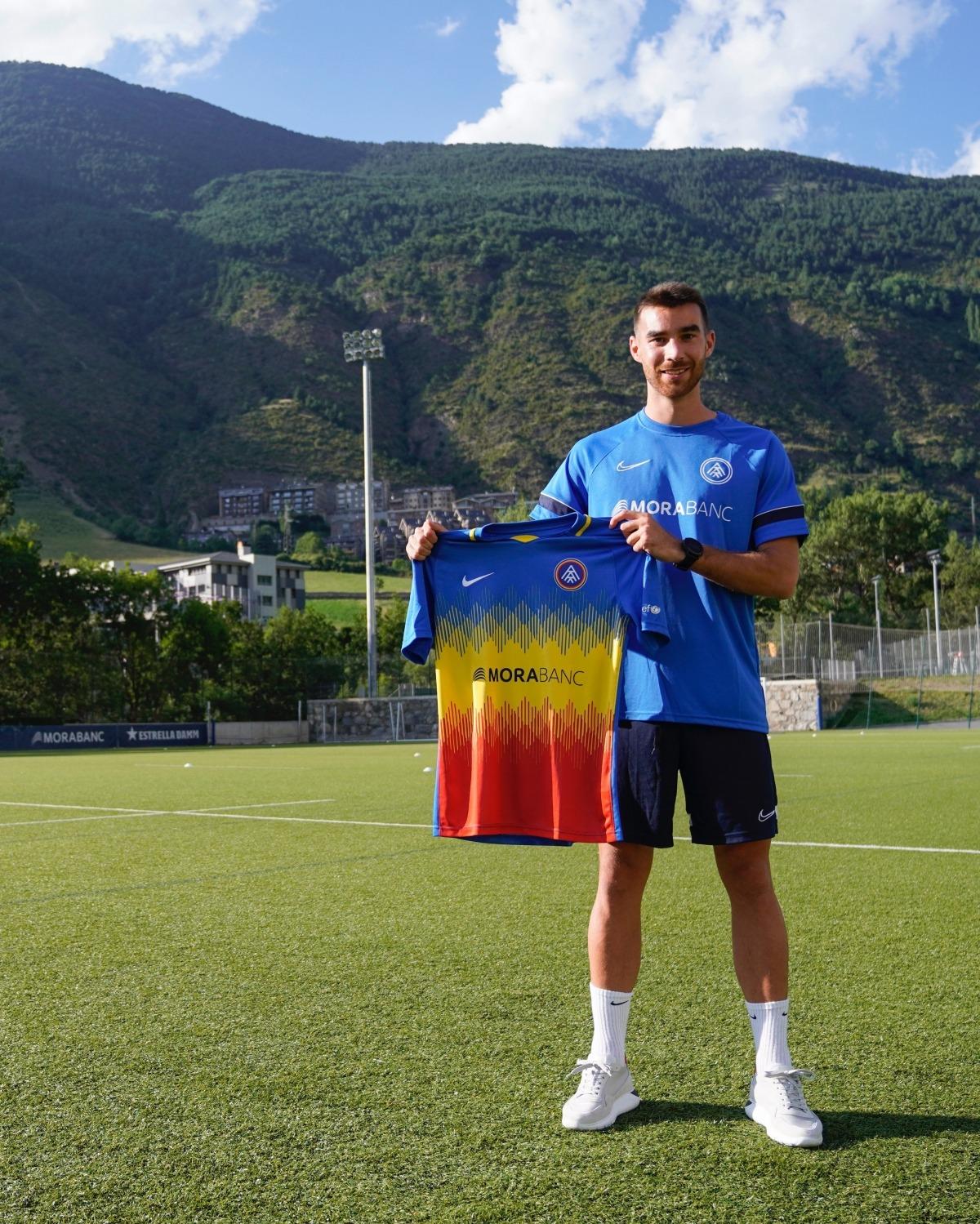 Roger Riera, amb la samarreta de l'FC Andorra. Foto: FC Andorra