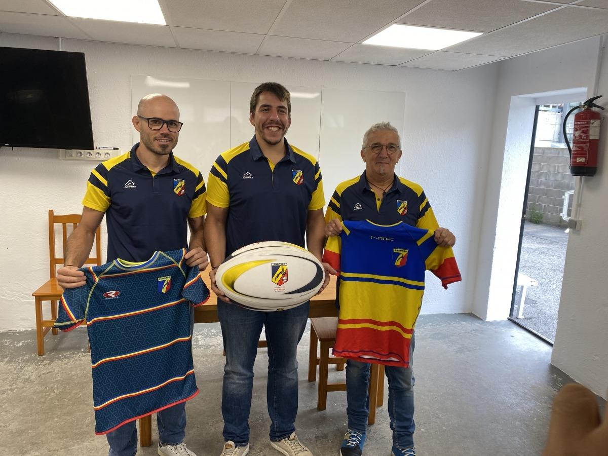 Marc Abelló, Dani Raya i Christian-Quintane, a la roda de premsa de la Federació Andorrana de Rugbi (FAR). Foto: FAR