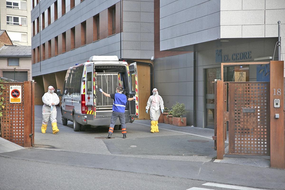 Residents d'El Cedre van ser traslladats a hospitals.