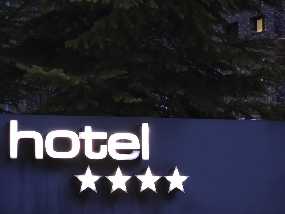 Un establiment hoteler de parròquies altes.