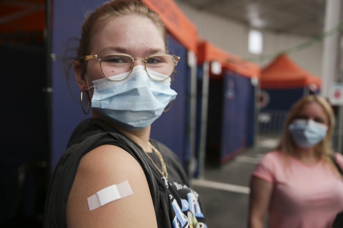 L'Alèxia és una de les joves que s'han vacunat avui.