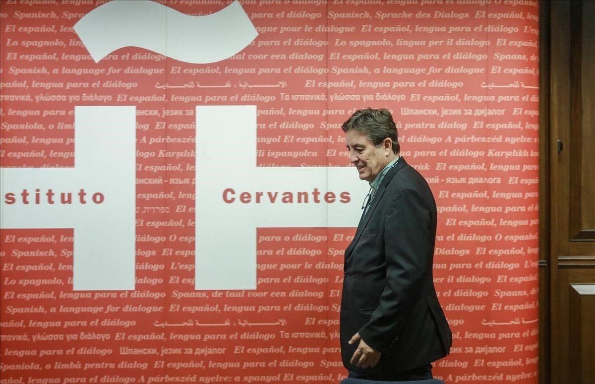 El poeta Luis García Montero dirigeix des del 2018 l'Instituto Cervantes, consagrat a la promoció de la llengua i la cultura espanyola.