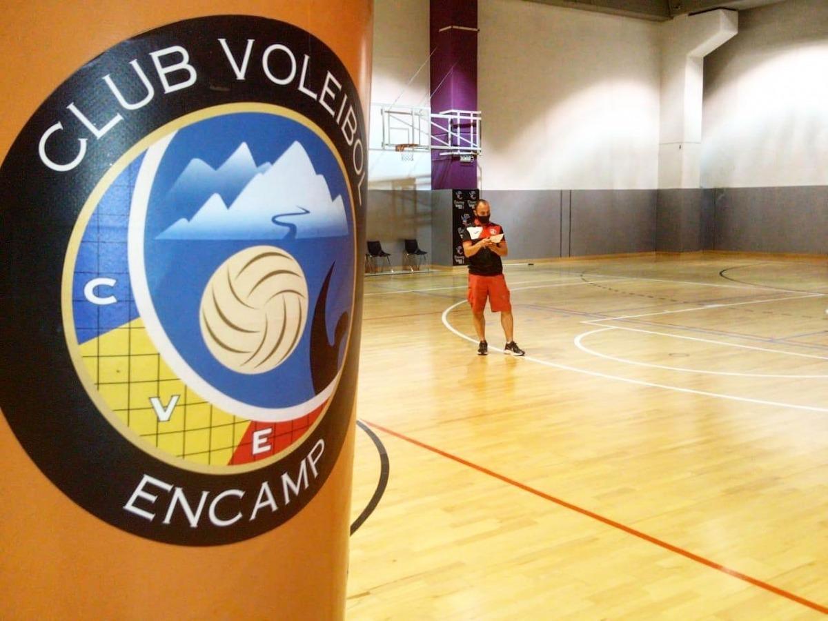 El Club Vòlei Encamp disposa de tests TMA per poder tornar a competir diumenge, però està pendent de les noves mesures sanitàries a Catalunya, ja que visita l'AE Vòlei Manresa. Foto: Facebook