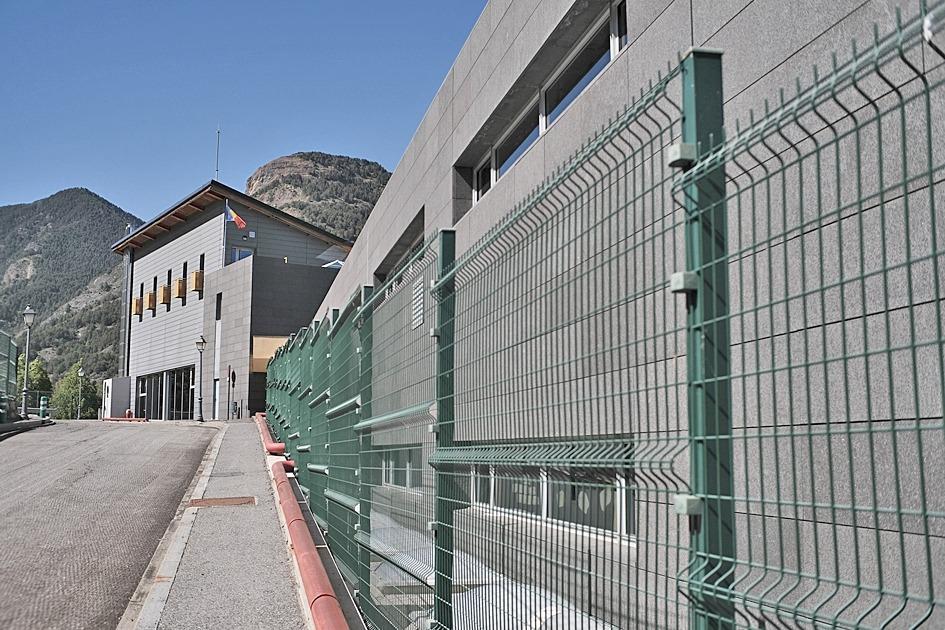 Vista de l'escola de la Massana on s'ha detectat el brot de Covid.