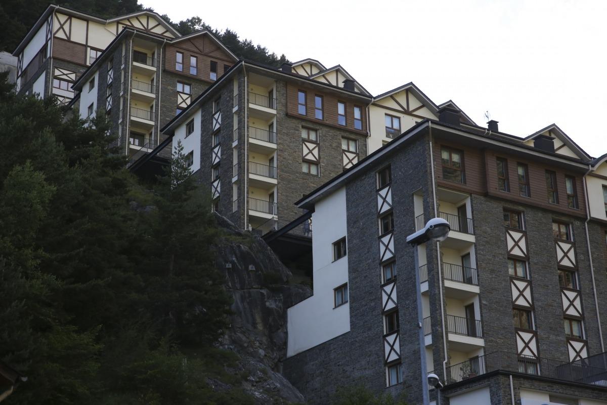 Edificis d'apartaments turístics del país.