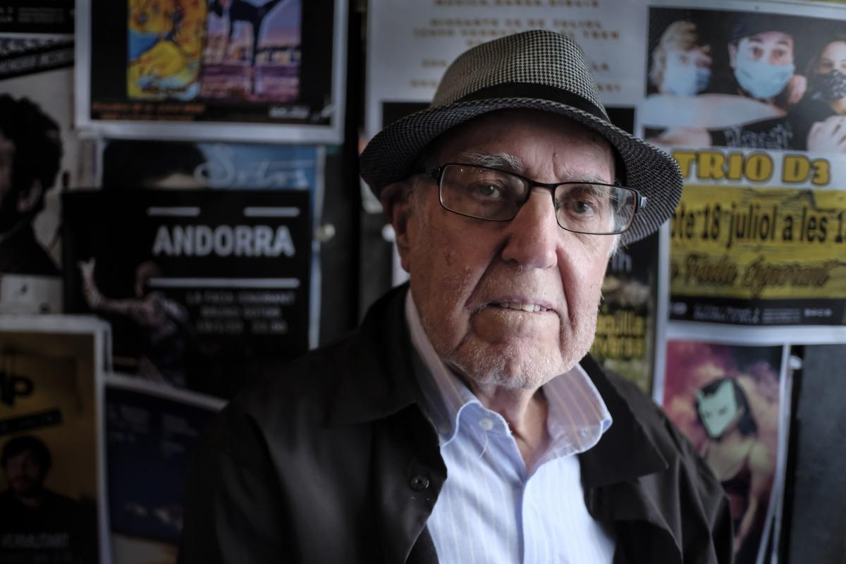 Pere Moles, en la presentació d''Un tomb per Andorra', aihr a la Fada Ignorant.