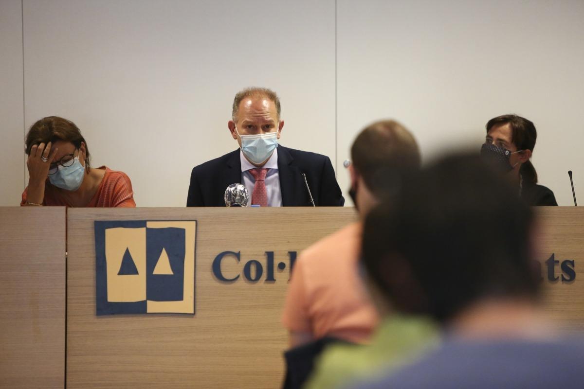 Un moment de la roda de premsa, ahir la seu del Col·legi d'Advocats.