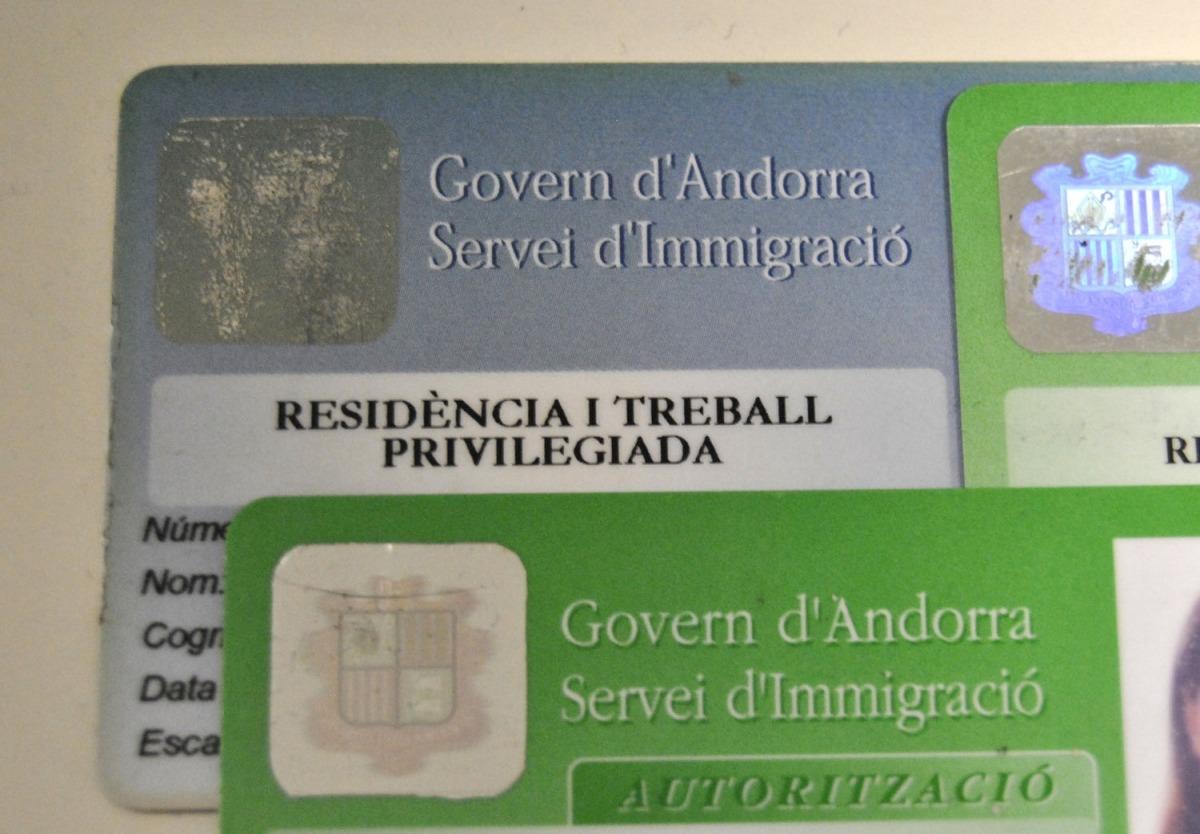 Les residències passives s'acorden al servei d'Immigració del Govern.