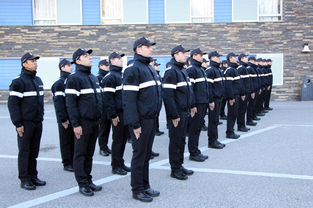 La promoció d'agents de policia més nombrosa de la història es destinarà sobretot a augmentar les patrulles als carrers La promoció d'agents de policia més nombrosa de la història es destinarà sobretot a augmentar les patrulles als carrers