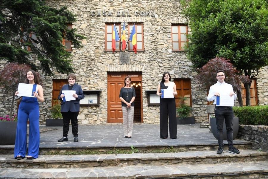 Vilarrubla, amb els estudiants guanyadors d'enguany.