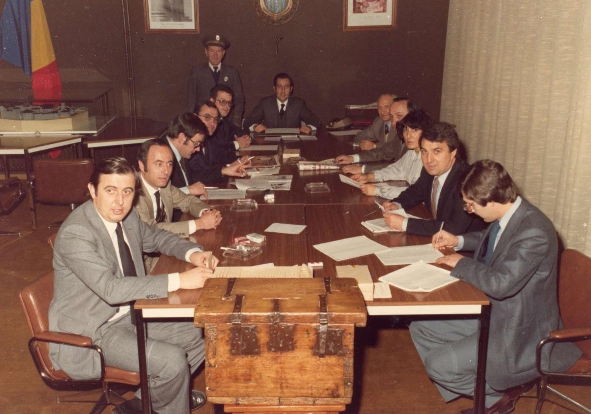 Puidellívol en una reunió del Consell del Quart d'Andorra, l'any 1976.