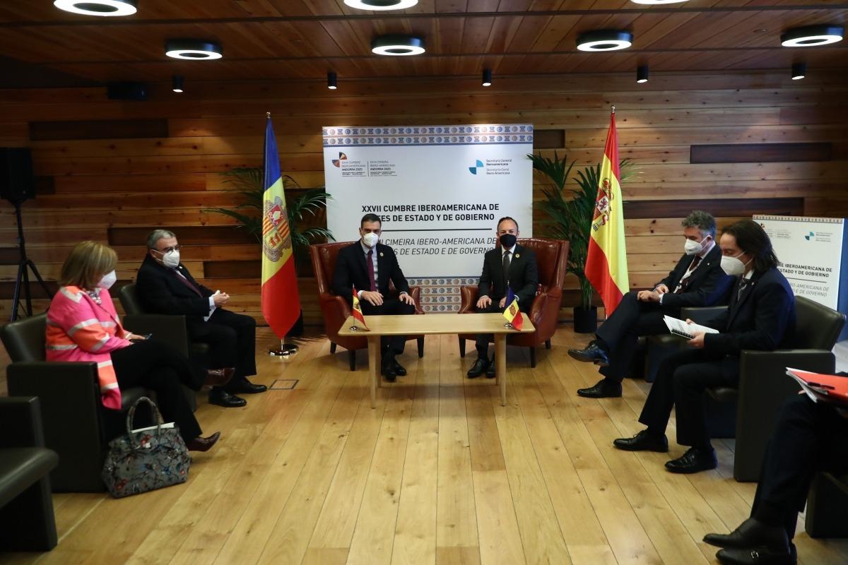 La reunió bilateral entre el cap de Govern, Xavier Espot, i el president espanyol, Pedro Sánchez.