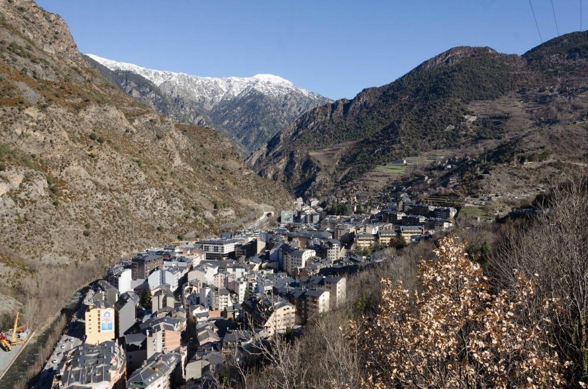 Vista de la parròquia de Sant Julià de Lòria