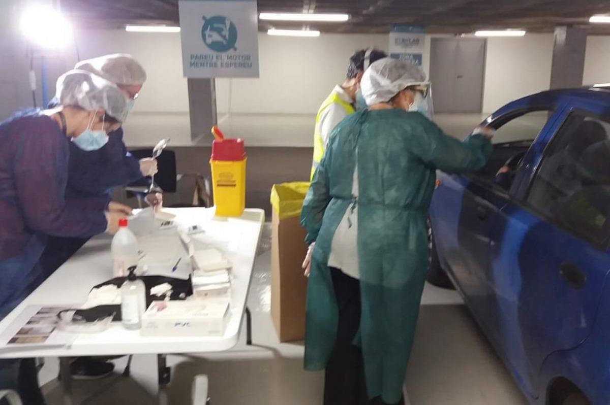 Un dels test que s'han fet aquest matí a l'Stop Lab d'Andorra la Vella.