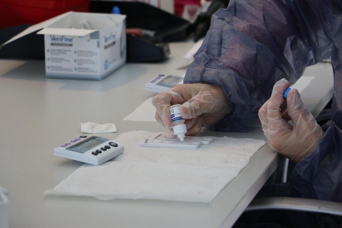 Un test d'anticossos.