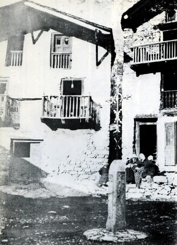 La creu del cap del Carrer, cap al 1922.