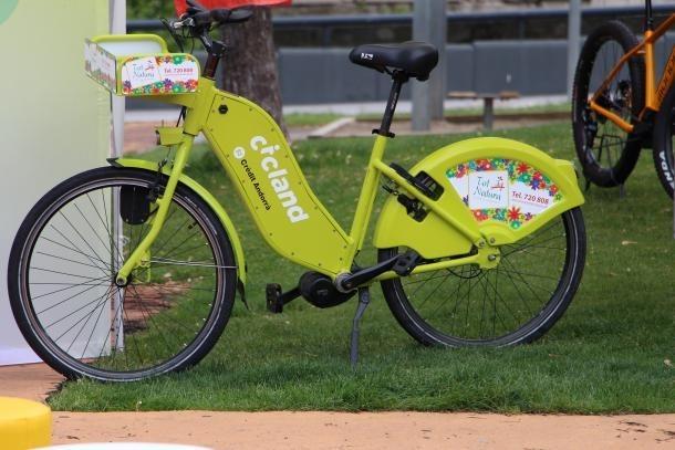 Una bicicleta elèctrica.