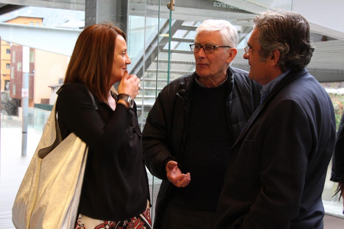 La ministra de Cultura, Olga Gelabert, i Alfons Valdés, en la inauguració de la Peixera, ahir a Escaldes.