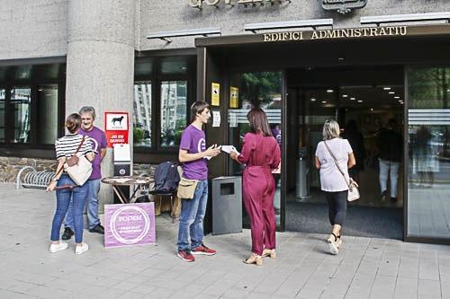 Podem es va mobilitzar al setembre per protestar contra la tarifa d'1,03 euros per alumne i any que pretén cobrar l'Sdadv a les escoles.
