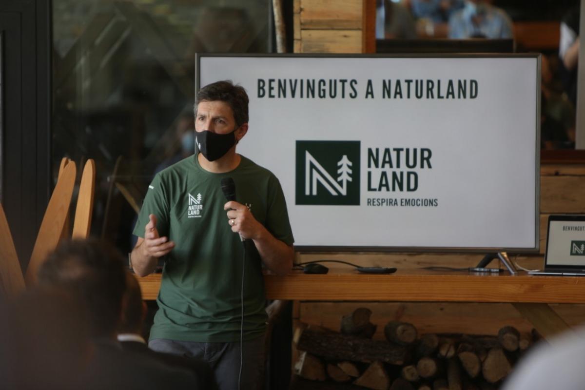 Xabier Ajona en la presentació de Naturland.