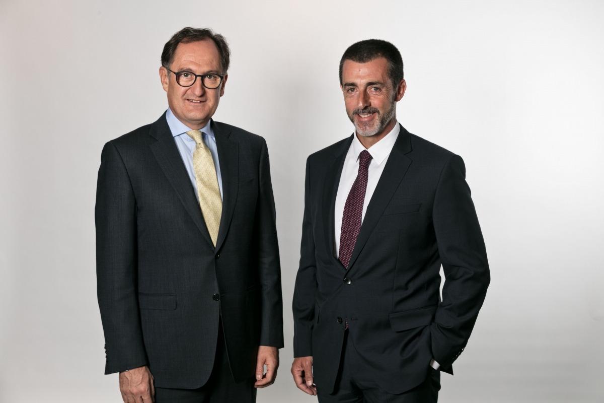 Xavier Cornella, conseller executiu i director general del Grup Crèdit Andorrà, i Antoni Pintat, president del consell d'administració del grup.