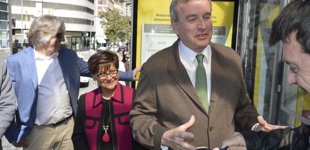 Eusebi Nomen, d'Andorra Sobirana, va triar el carrer de la Unió per iniciar la campanya.