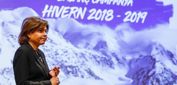 La ministra de Turisme, Verònica Canals, en la primera intervenció des que va accedir al càrrec, ahir.