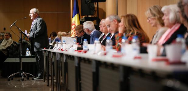 La sala Consòrcia del Centre de Congressos es va omplir de gom a gom en l'assemblea de la gent gran celebrada ahir.