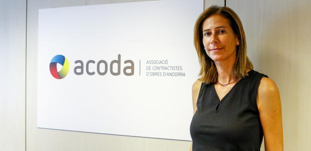 Mònica Dalmau és gerent de l'Associació de Contractistes d'Obra.