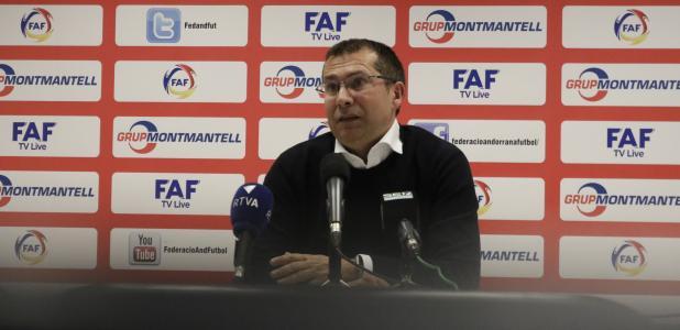 El secretari general de la FAF, David Rodrigo, va fer ahir una roda de premsa sobre el 'cas Júnior Kobon'.