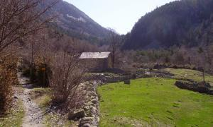 Comencen les obres de rehabilitació de les cabanes de la vall del Madriu-Perafita-Claror