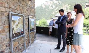 Els carrers d'Ordino recuperen l'exposició que va commemorar els 100 anys del Tour