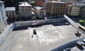 En marxa l'enquitranament de l'aparcament del Prat Nou, que tindrà 150 places