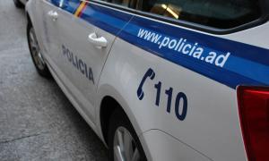 La Policia deté un jove per haver gravat una persona nua amb el mòbil