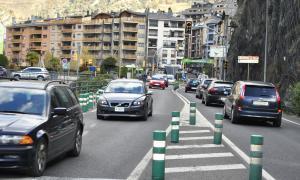 L'entrada de vehicles al país baixa un 0,5% al setembre